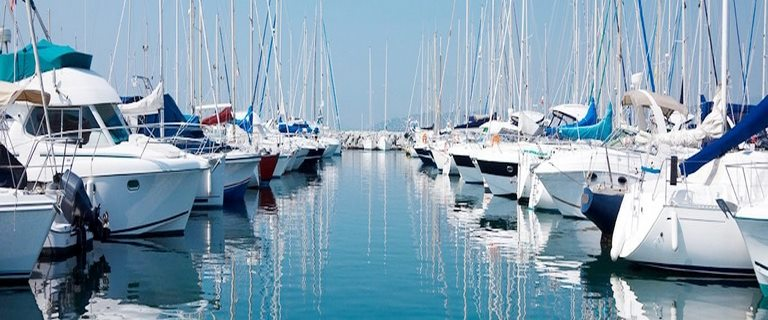 MOORING-PLOT-PARKING-SHOP for sale Empuriabrava et Roses (Costa Brava in Spain)