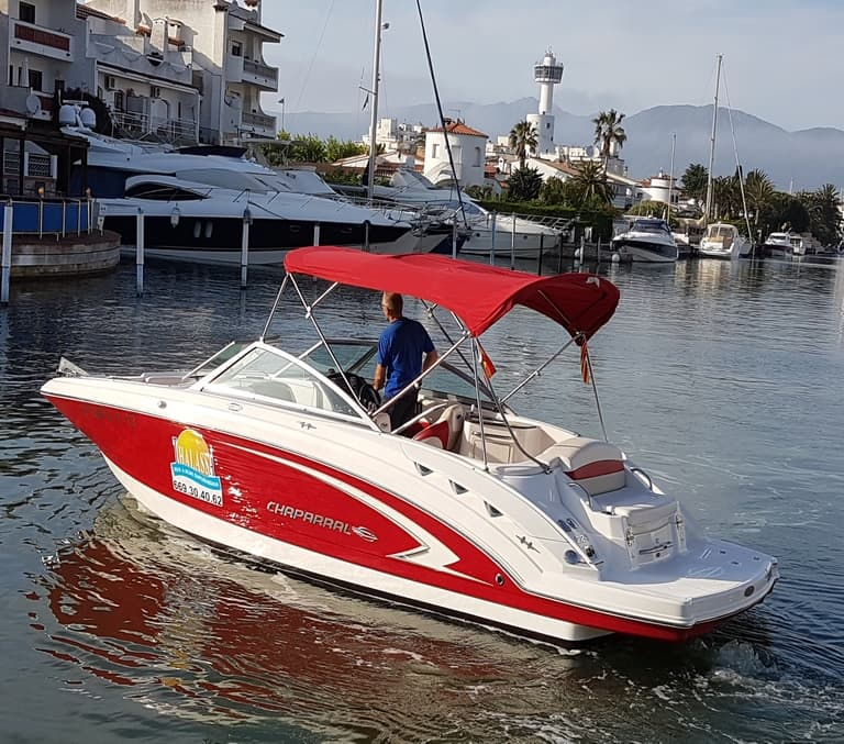 MOORINGS & BOATS for rent in Empuriabrava (Costa Brava in Spain)