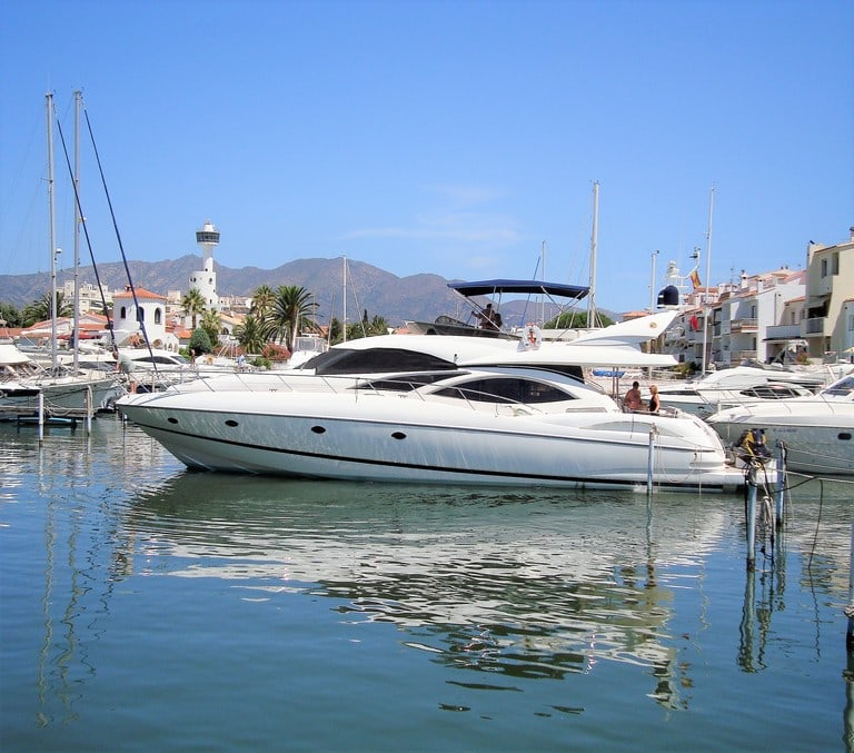 BOAT and JETSKI for sale in Empuriabrava (Costa Brava in Spain)
