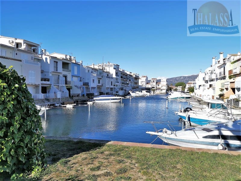 Apartment with canal view - Port Empuries area - Marina
