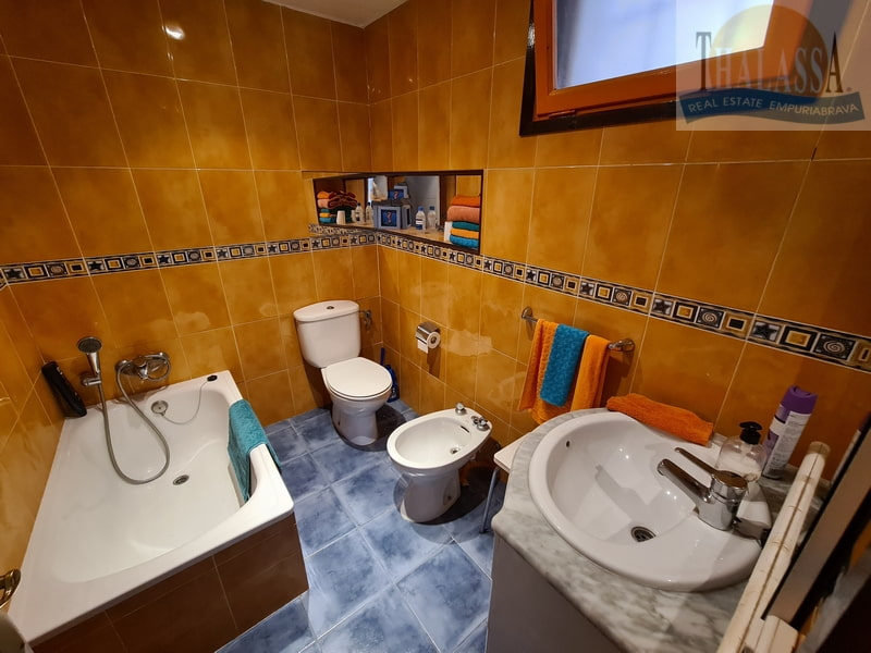 House in Sant Pere Pescador - Bathroom