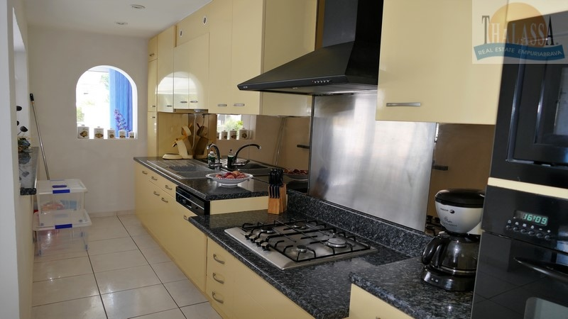 VILLA BERGER - Kitchen