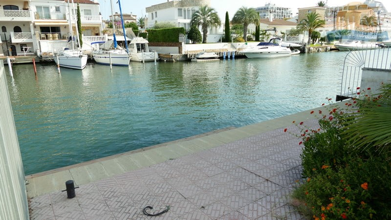 House with mooring- Salins area - Mooring