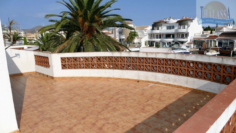 House with mooring- Salins area - Terrace 1st floor