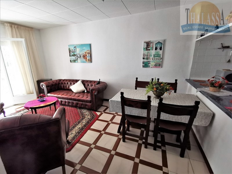 House with 6 apartments - Badia area - Dining room