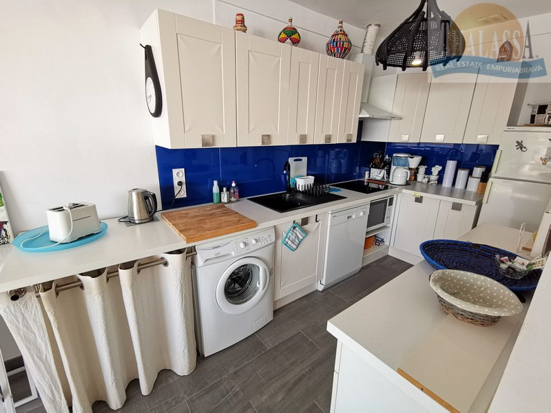 Apartment with sea view in Roses-Canyelles - Kitchen