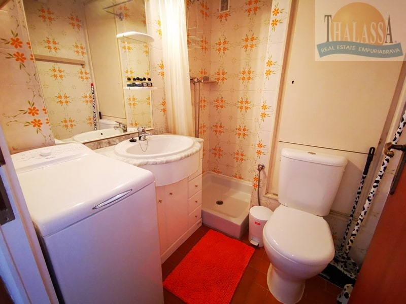 Flat with canal view - Salins area - Bathroom