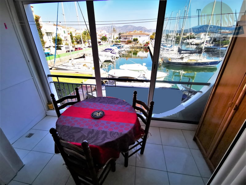 Flat with canal view - Salins area - Terrace