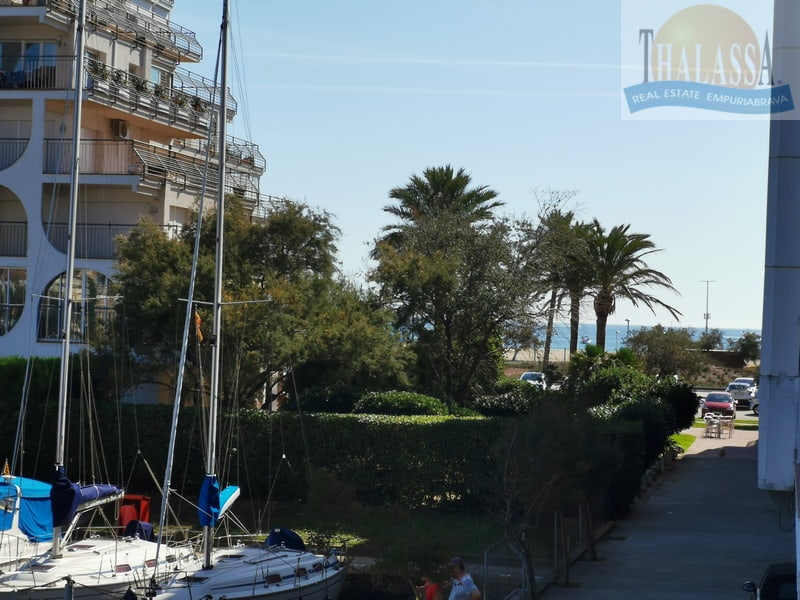 Flat with canal view - Salins area - Sea view