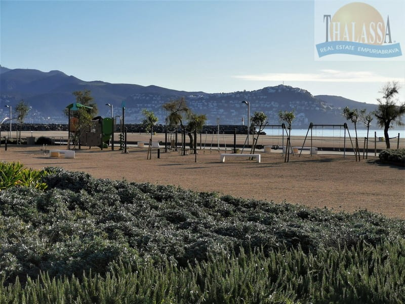Flat with sea view - Salins area - Sunbathing area view