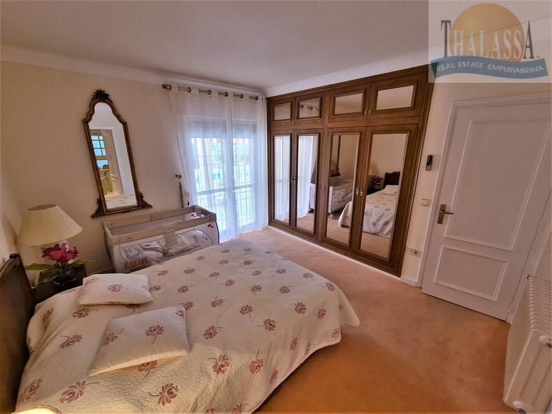 House with mooring of 25m - Noguera area - Bedroom 3