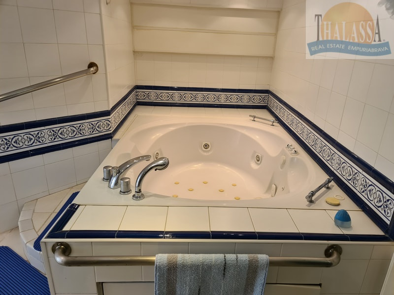 House with mooring of 25m - Noguera area - Jaccuzi