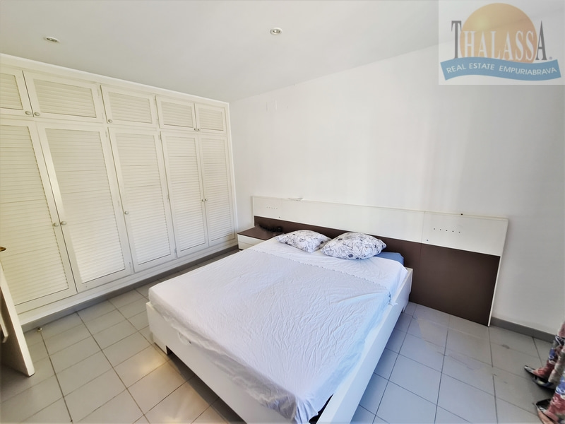 Townhouse in the center of Roses-Santa Margarita with mooring - Bedroom 5